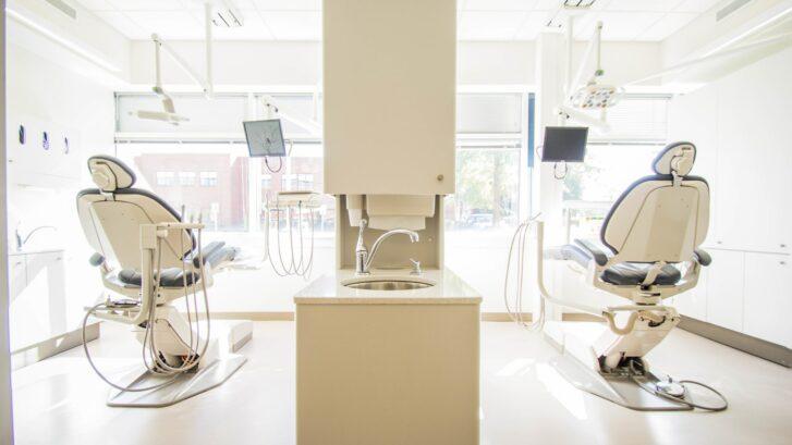clinique dentaire hongrie