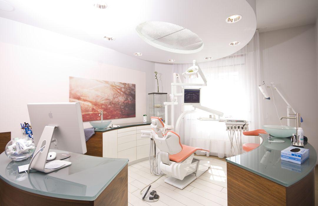 bridge dentaire hongrie votre bridge dentaire pas cher budapest. Black Bedroom Furniture Sets. Home Design Ideas