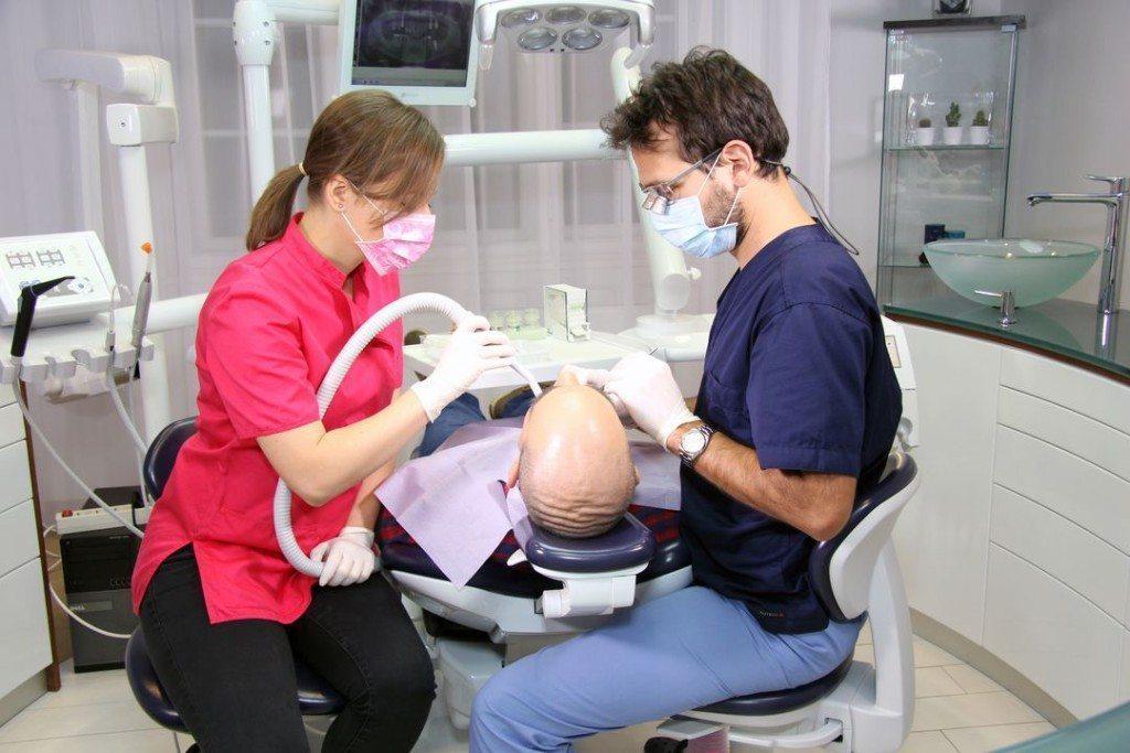 dentiste_hongrie_clinique_dentaire_centre_implant_maurice_23